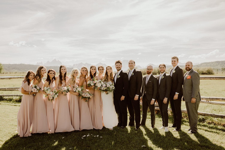 09_jackson-hole-wedding-14.jpg