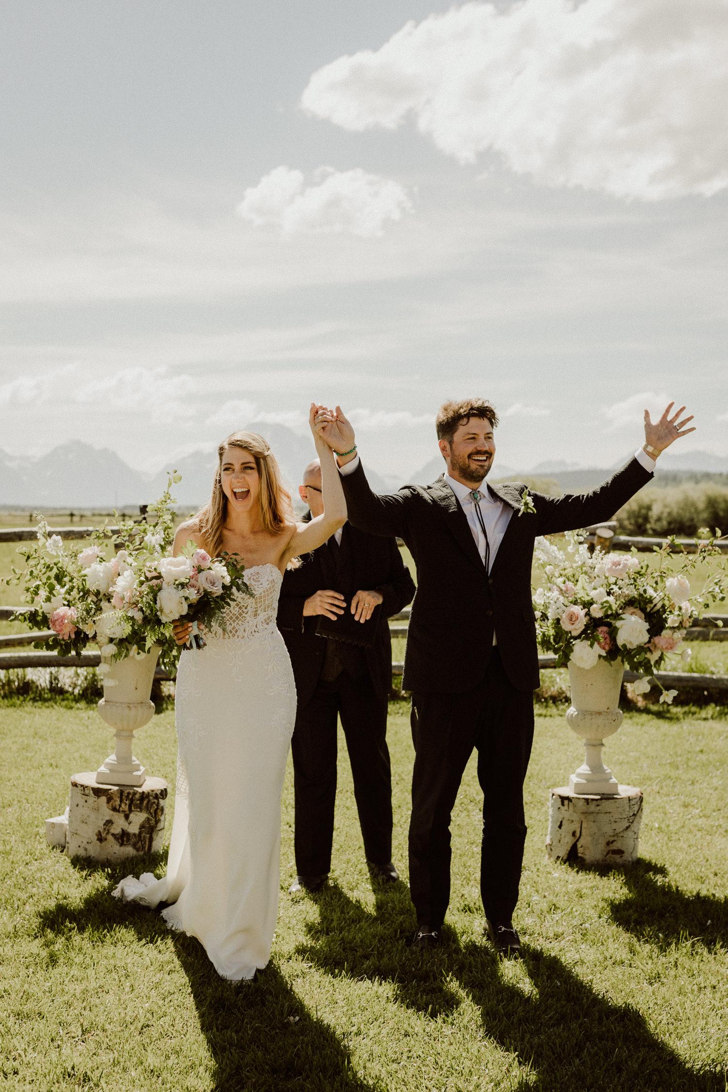 08_jackson-hole-wedding-13.jpg