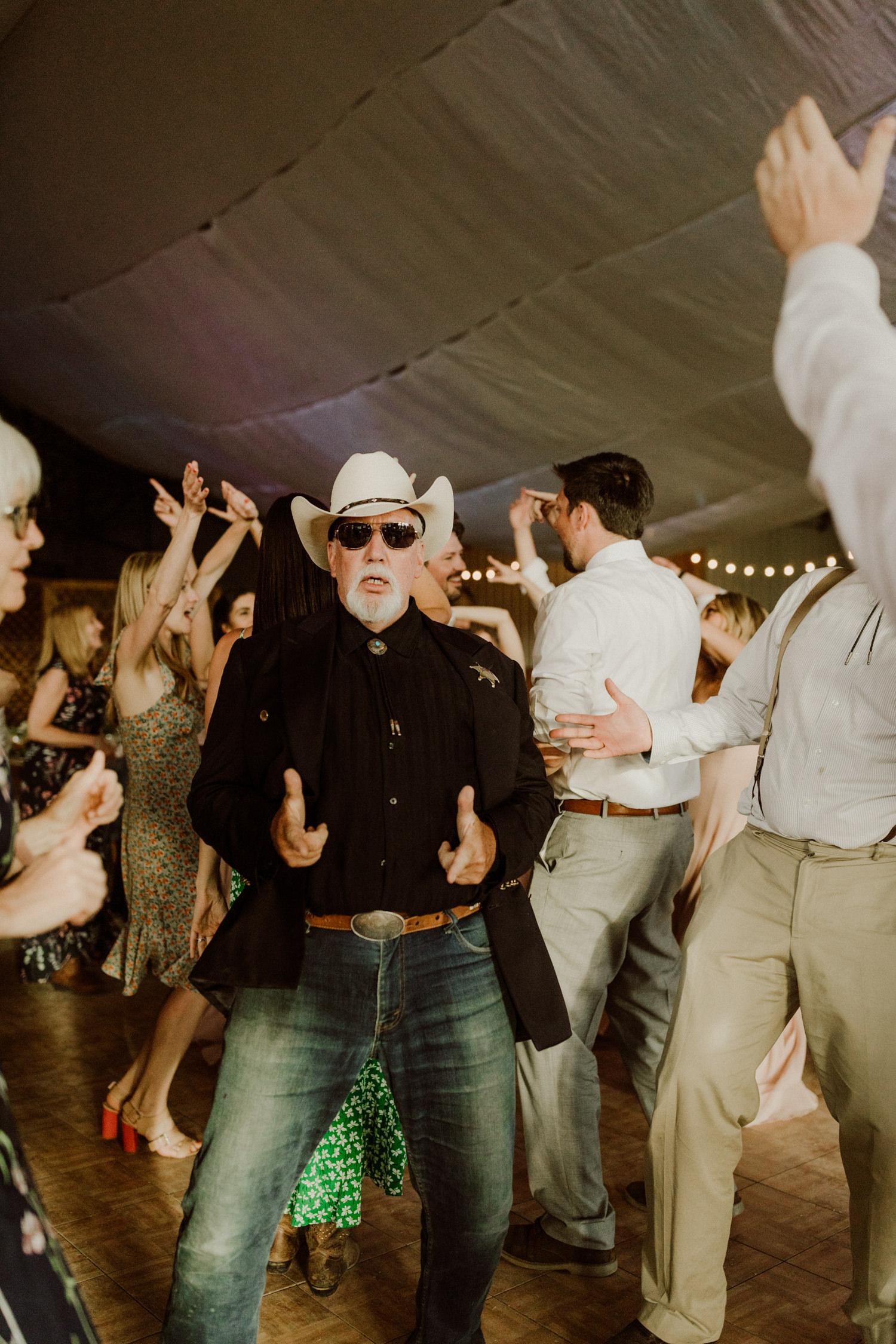 16_jackson-hole-wedding-24.jpg