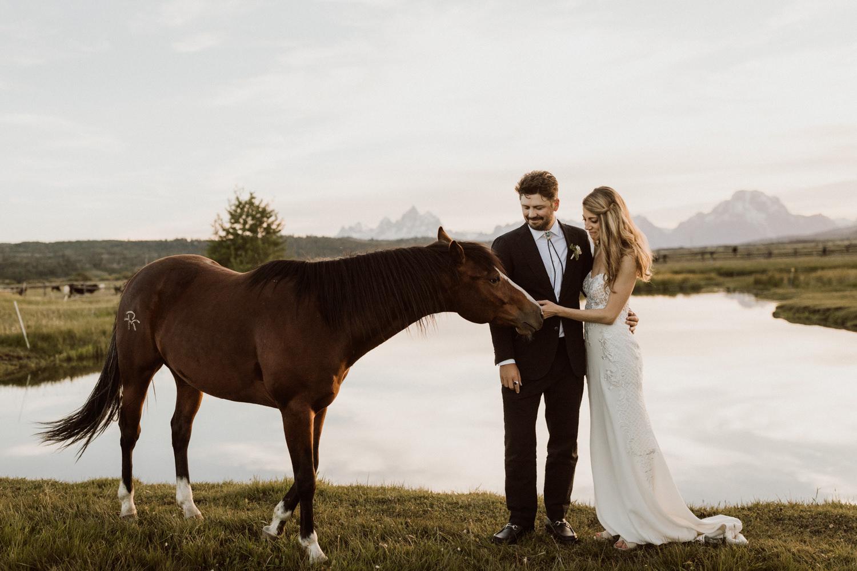 22_jackson-hole-wedding-31.jpg