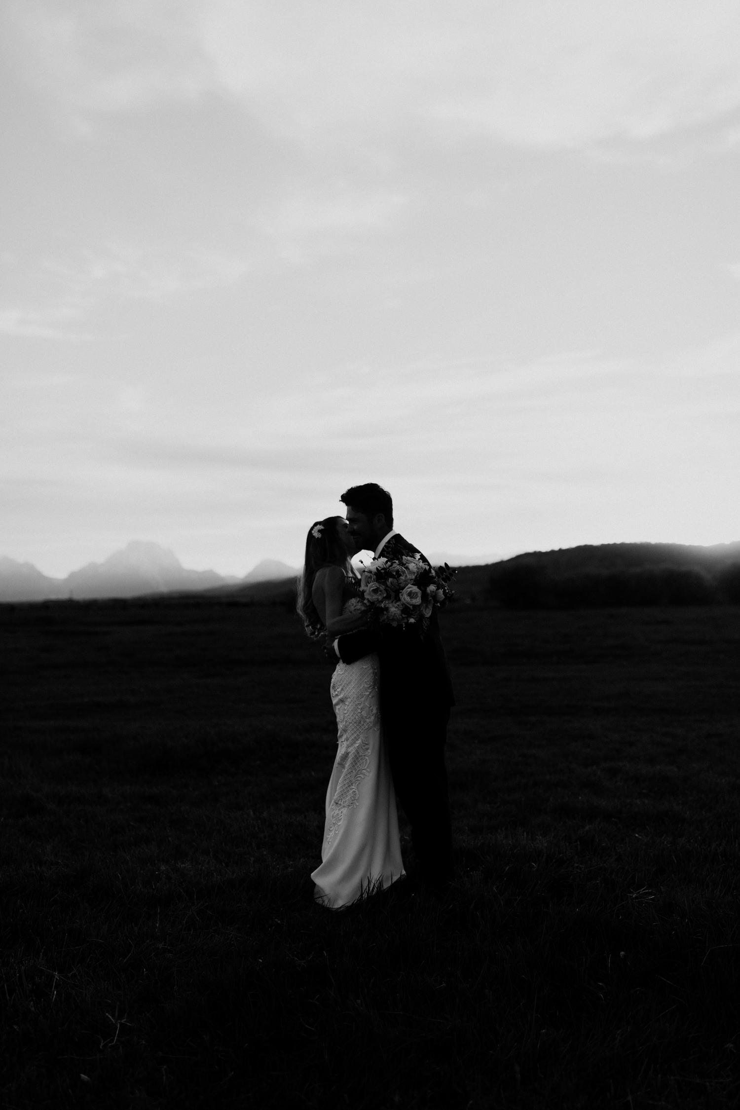 26_jackson-hole-wedding-36.jpg