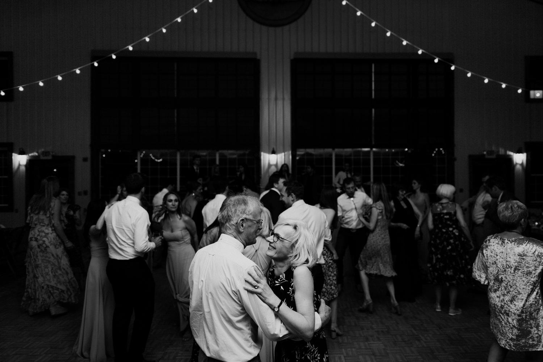 30_jackson-hole-wedding-40.jpg