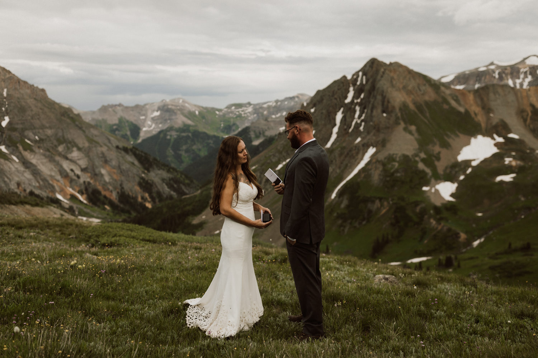 ouray-adventure-elopement-11.jpg