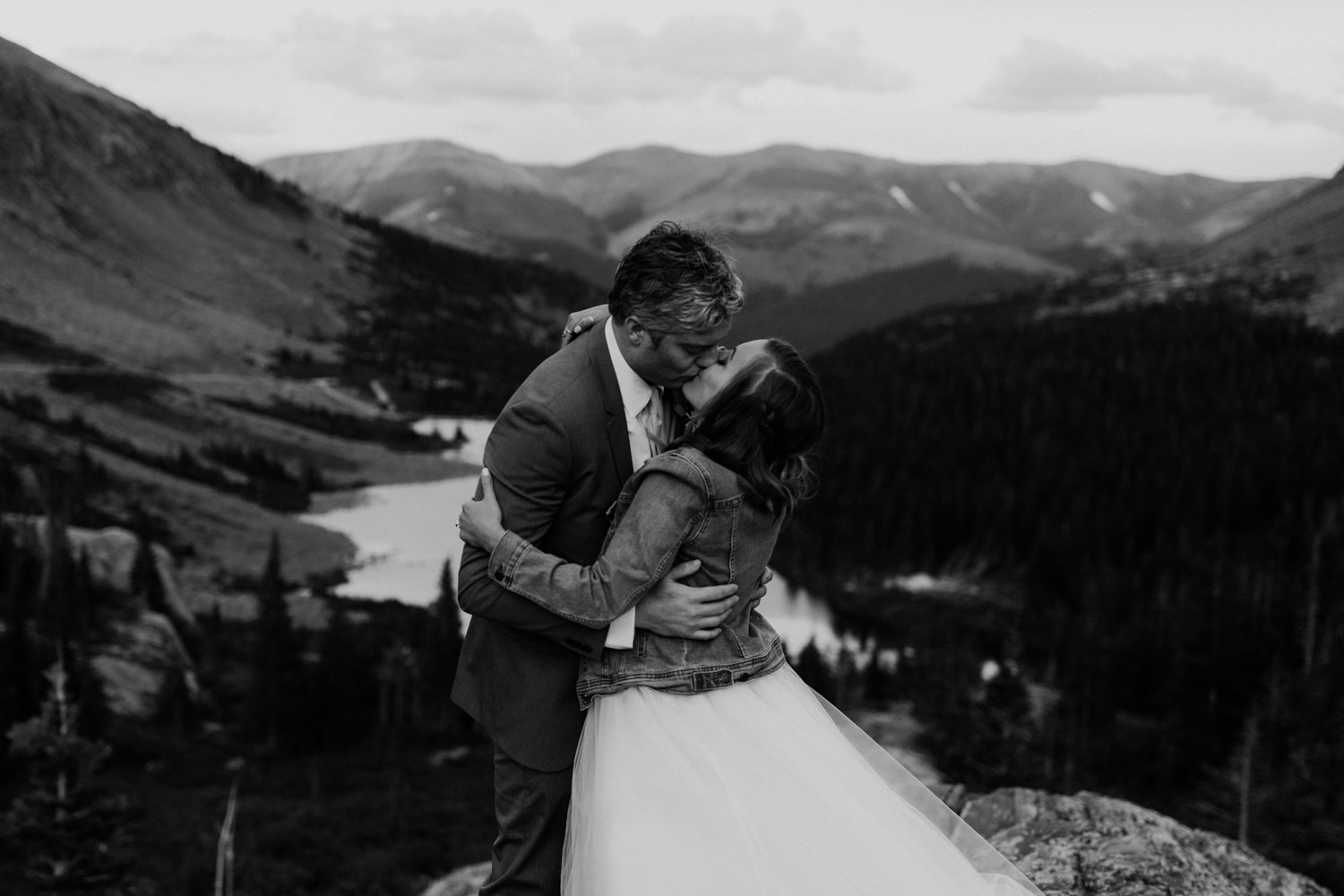 colorado-adventure-elopement-24.jpg