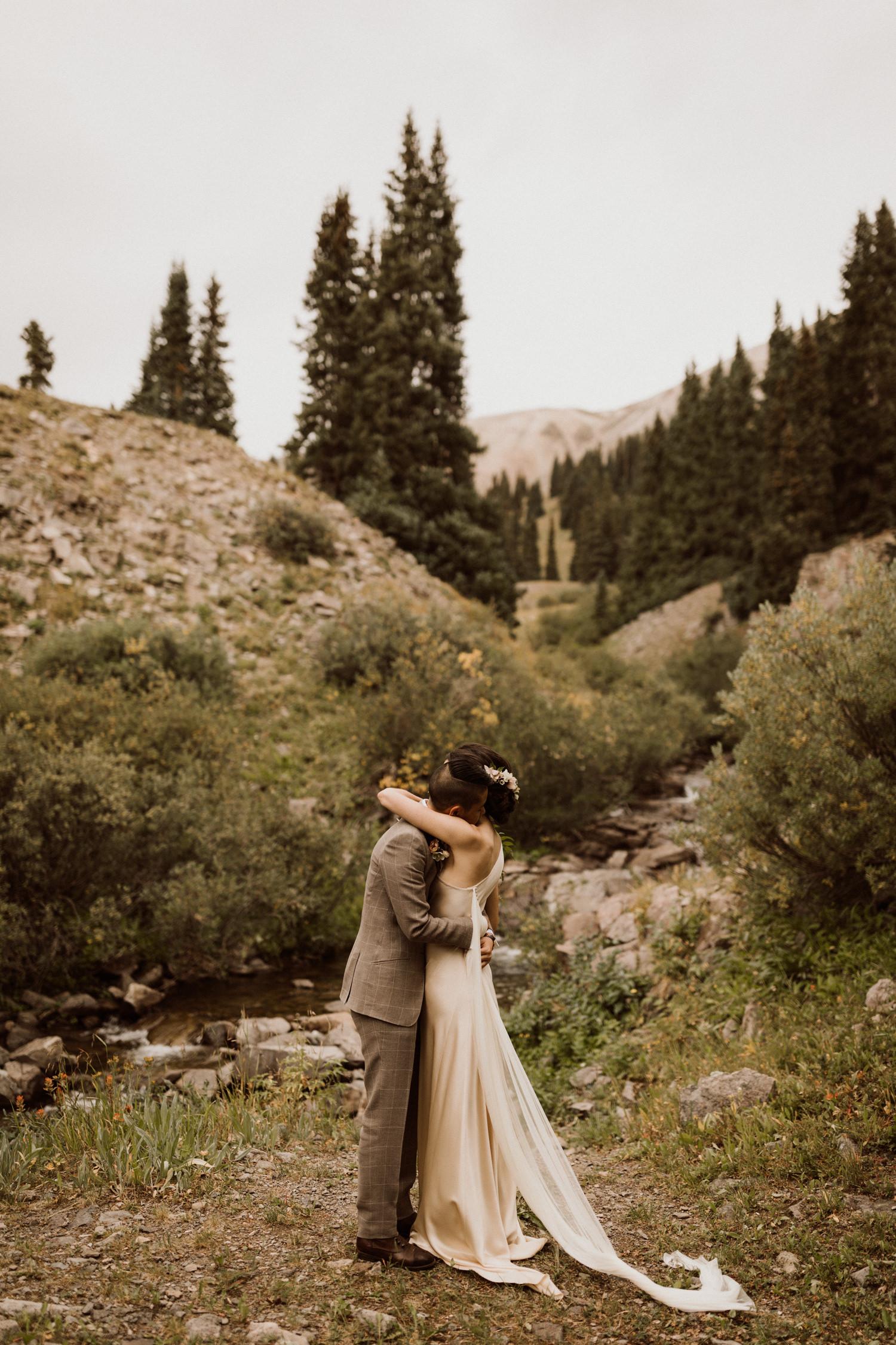 adventurous-colorado-mountain-elopement-8.jpg