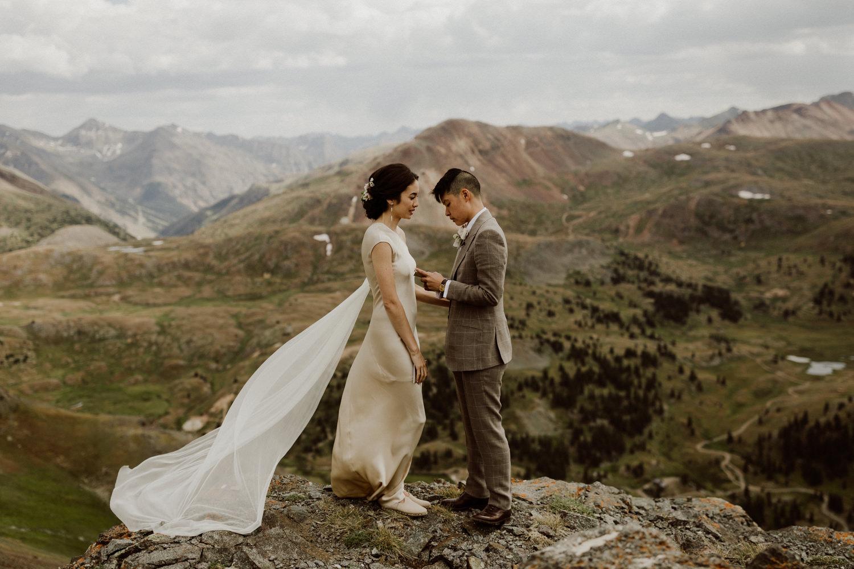 adventurous-colorado-mountain-elopement-10.jpg