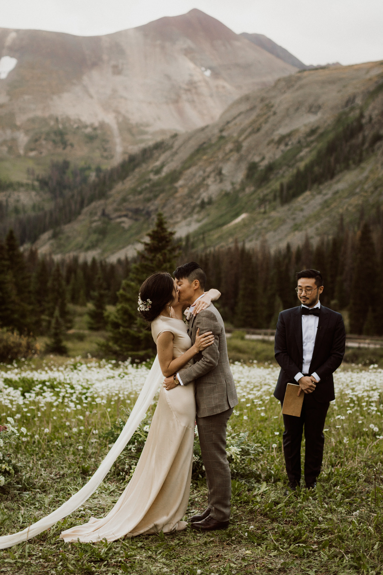 adventurous-colorado-mountain-elopement-24.jpg