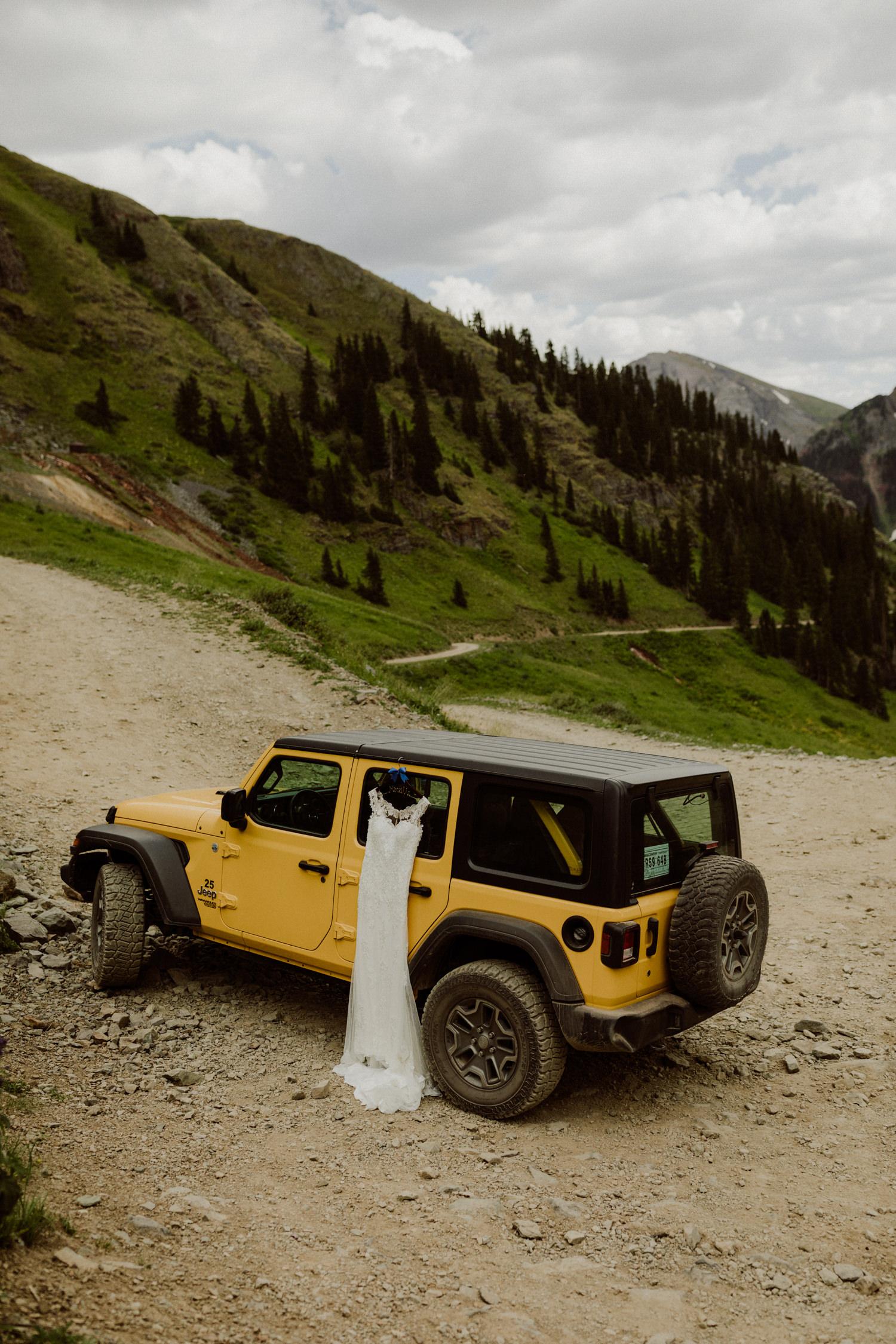 jeep-elopement-silverton-colorado-wedding-1.jpg