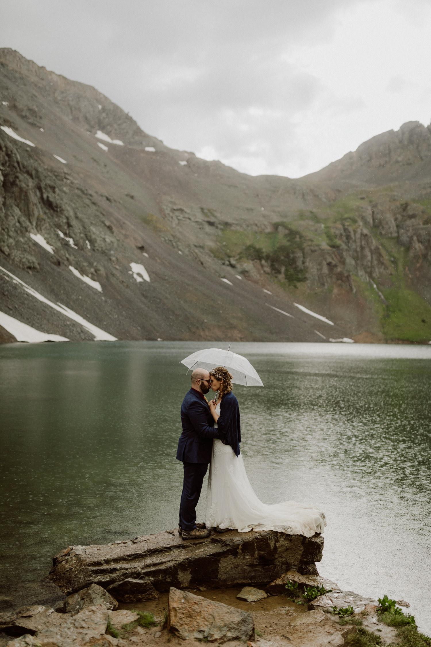 jeep-elopement-silverton-colorado-wedding-10.jpg