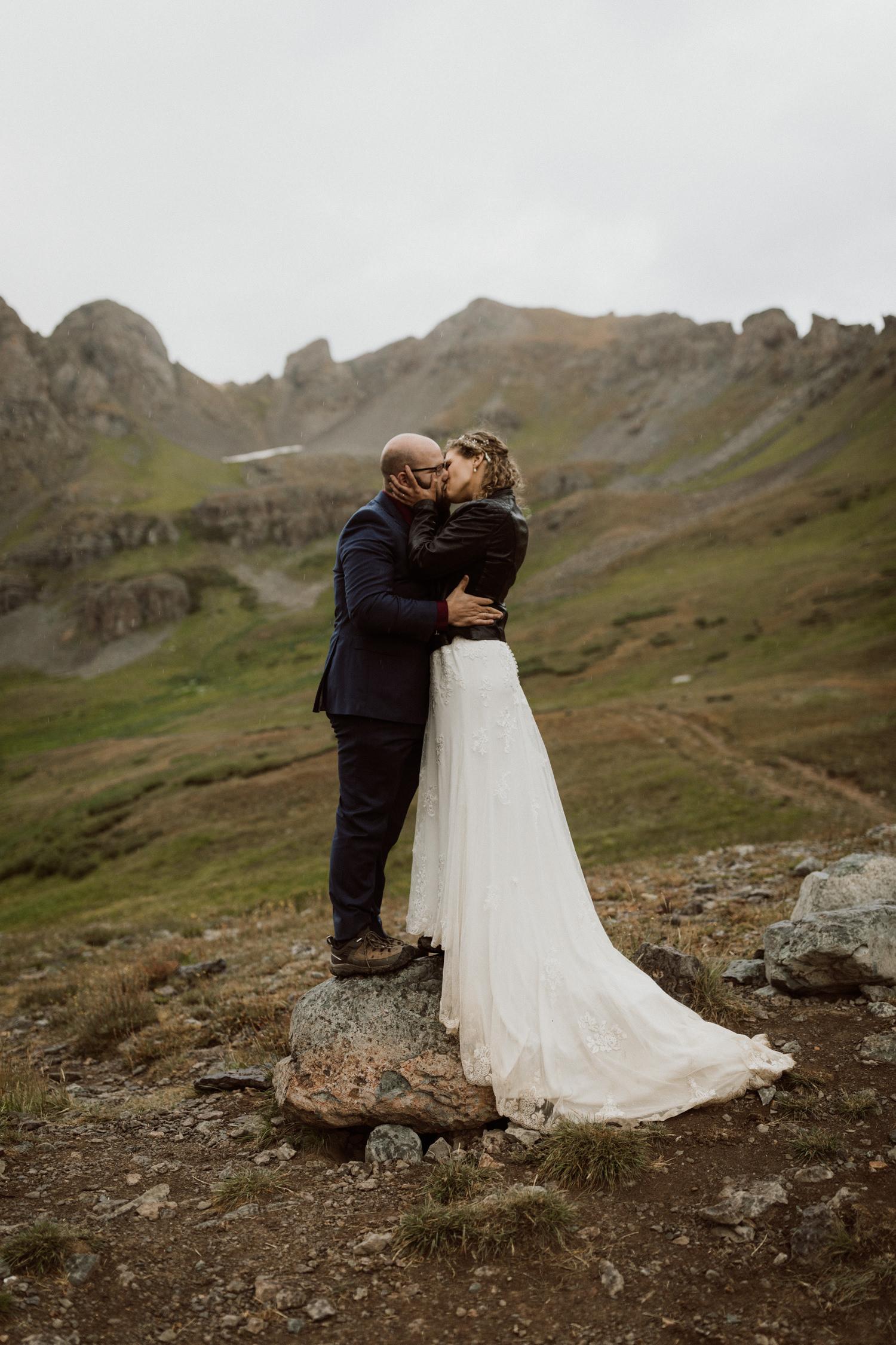 jeep-elopement-silverton-colorado-wedding-18.jpg