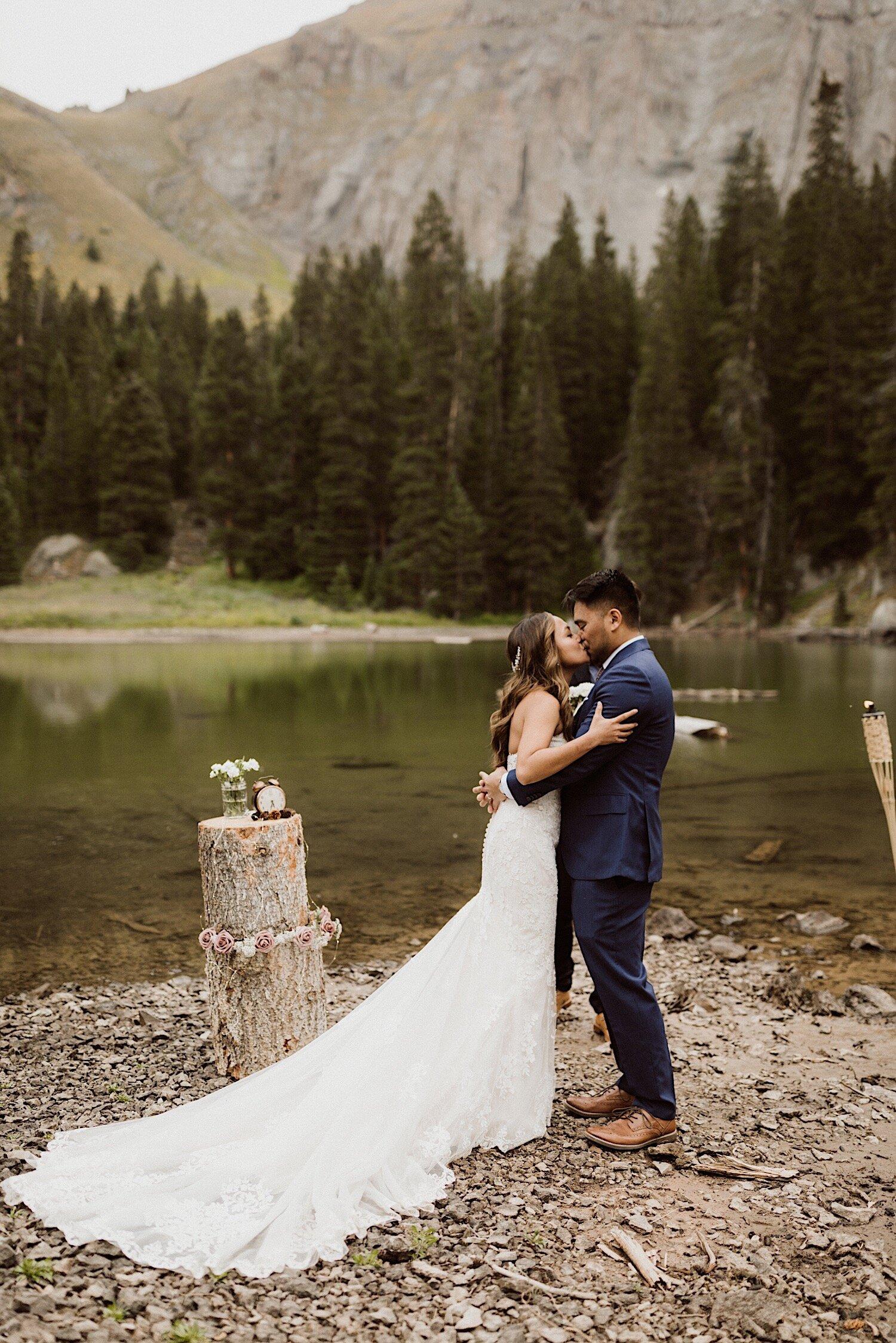 10_intimate-wedding-telluride-colorado-16.jpg