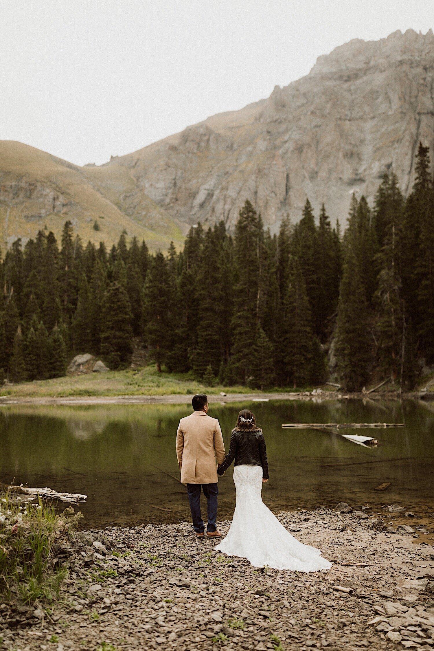 16_intimate-wedding-telluride-colorado-25.jpg