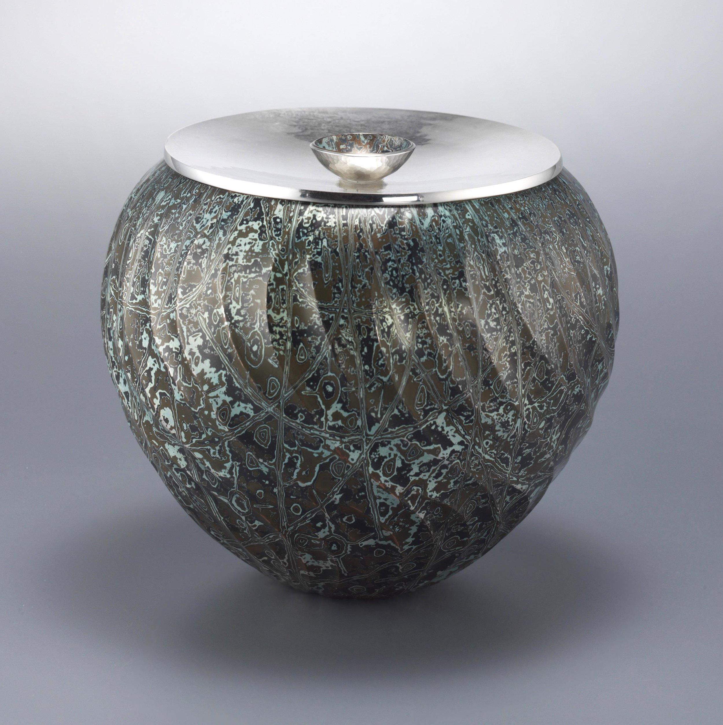 2011-SBDA-Hollowware-1st Place (Grand Prize)-Wayne Meeten-0_lg.jpg
