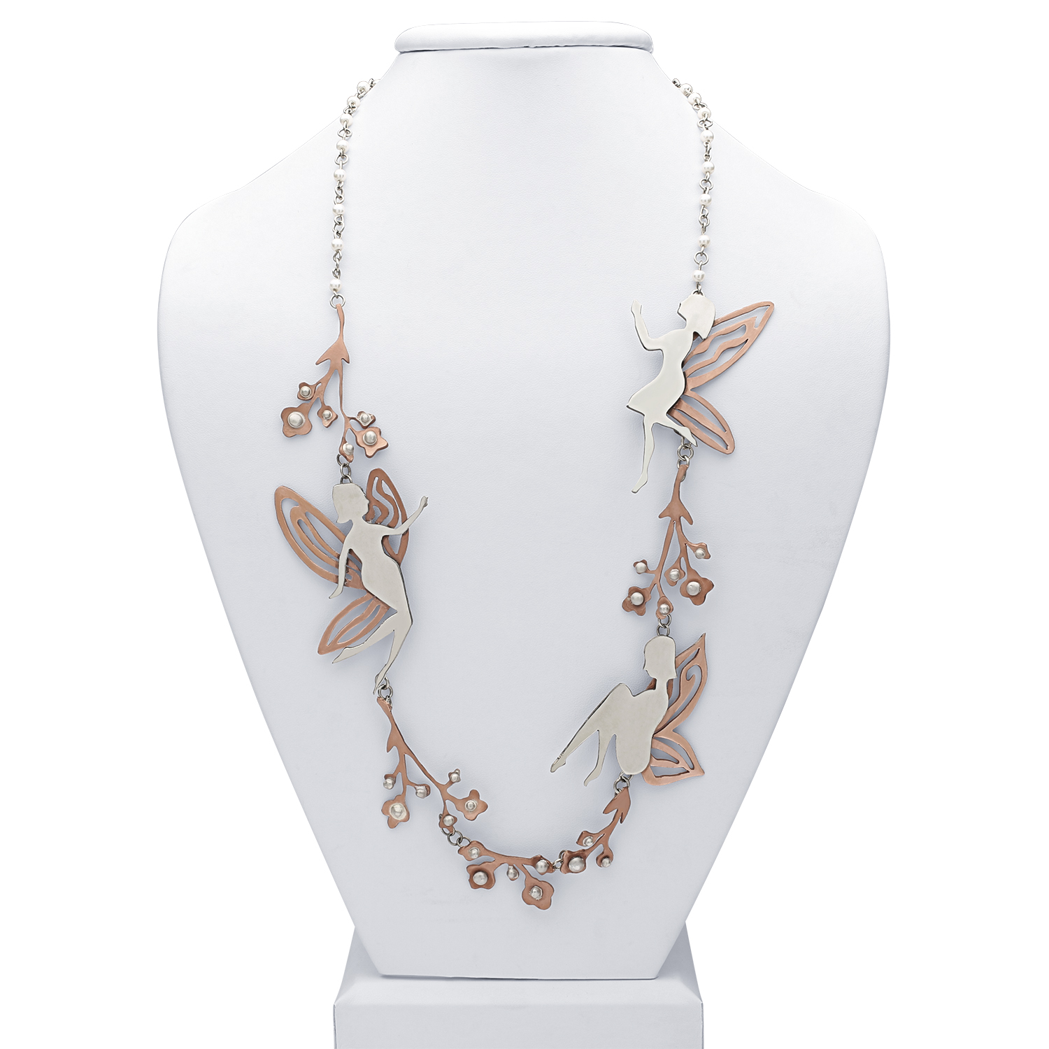 """Fairy Necklace""<br><strong>Caroline Senyszyn</strong><br> Fort Worth, TX, USA"