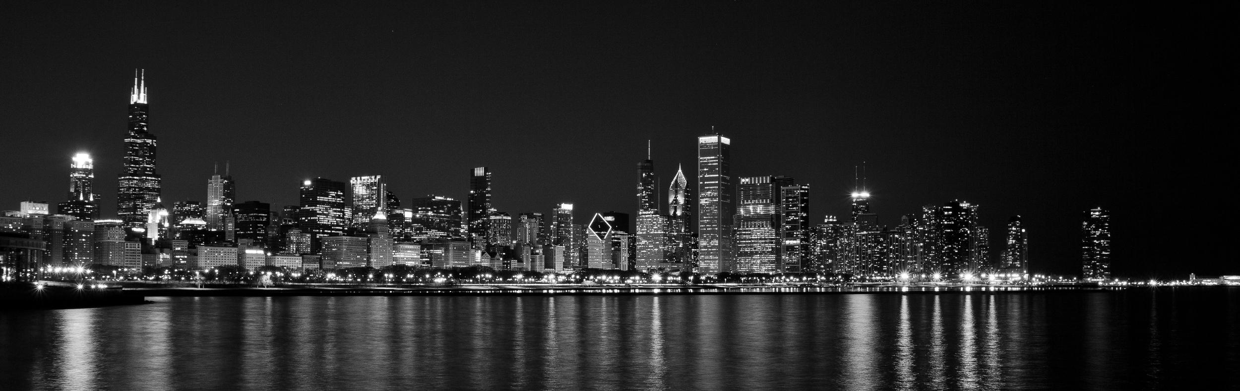 black and white chicago skyline.jpg