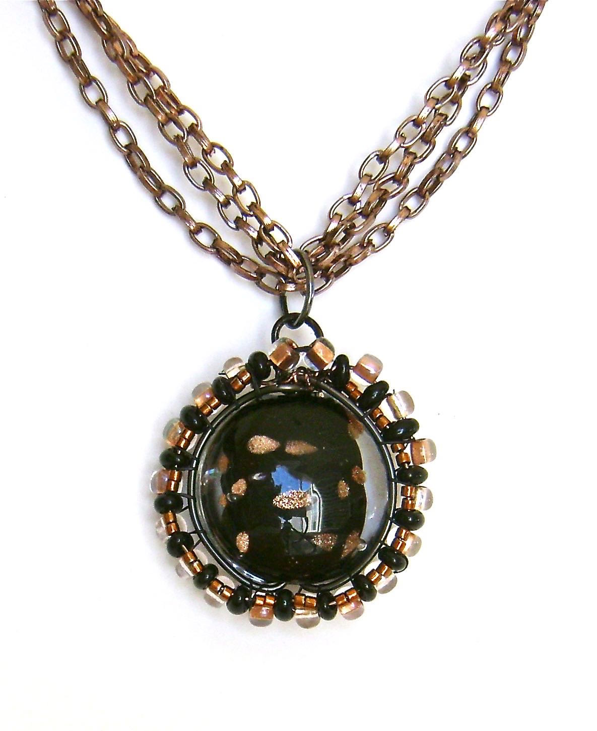 """pendant measures approximately 1.50"""""""