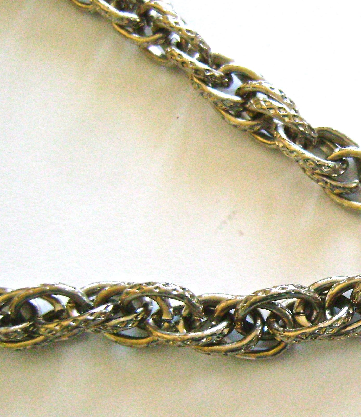"""step 1 - Cut four pieces of chain into 5.5"""" lengths."""