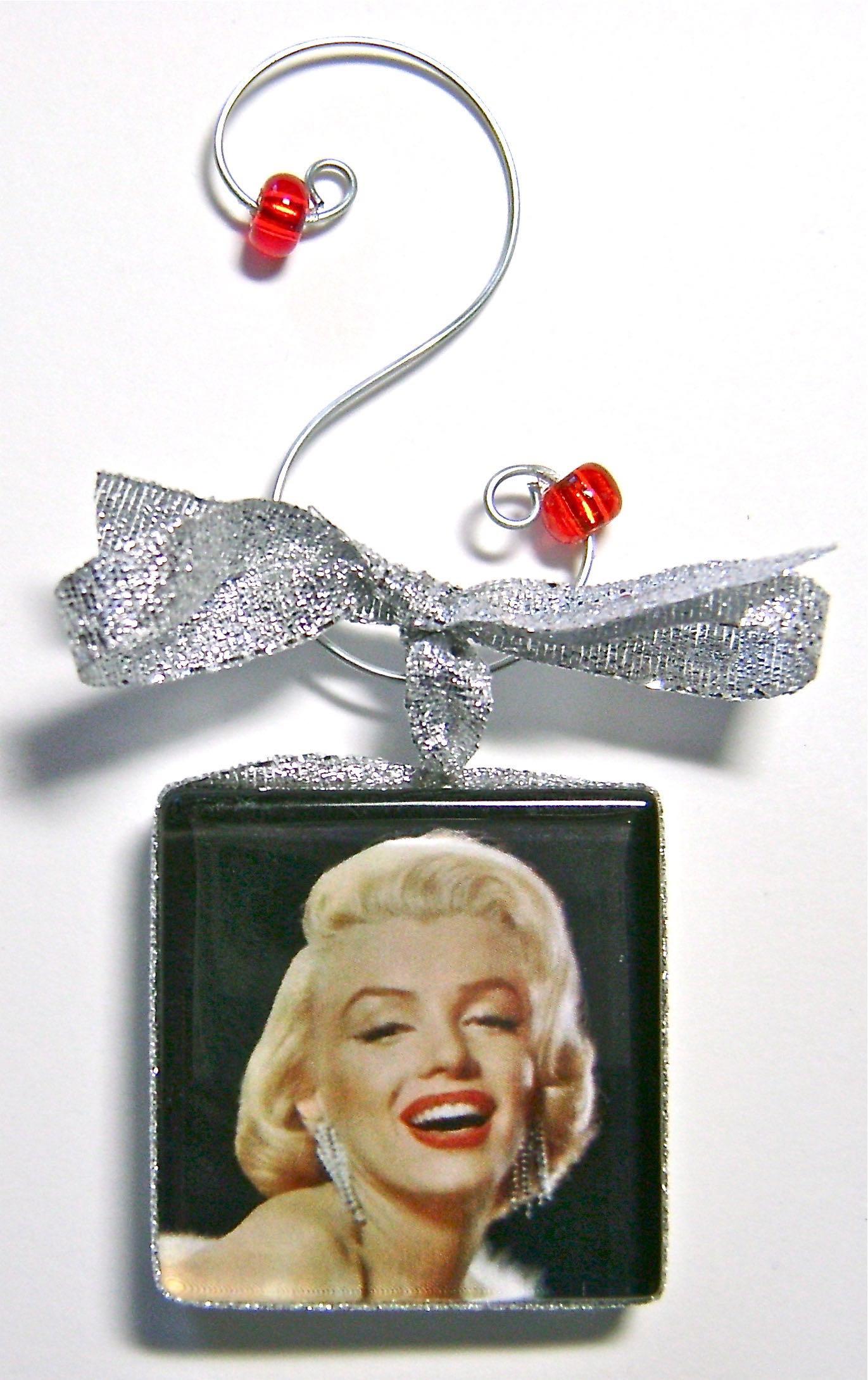 Marilyn ornaments.jpg