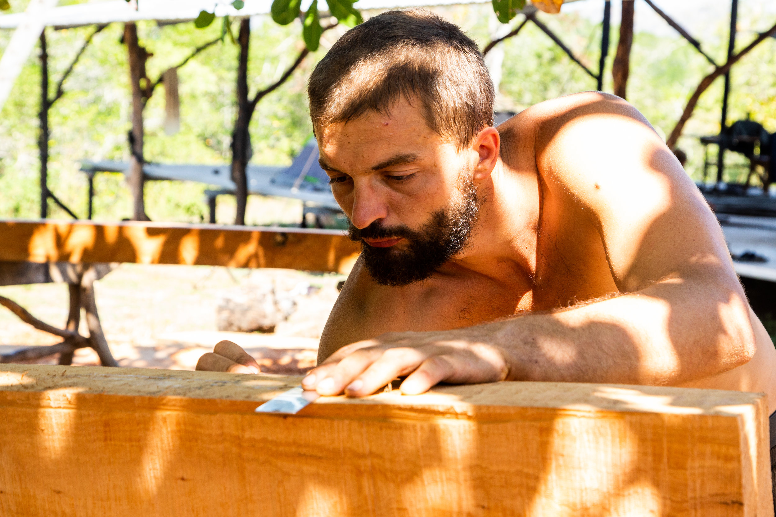 Adrien working on the first frames of  Ceiba , made from  Cedro Amargo  (Spanish Cedar). Photo: Jeremy Starn