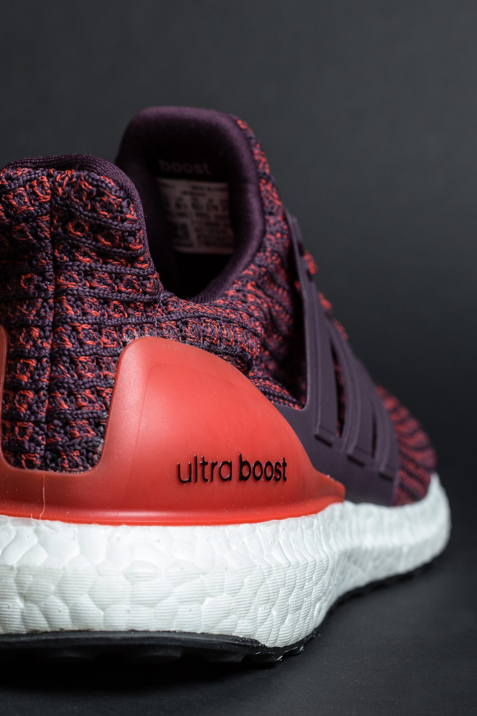 ultra boost 4.0 burgundy