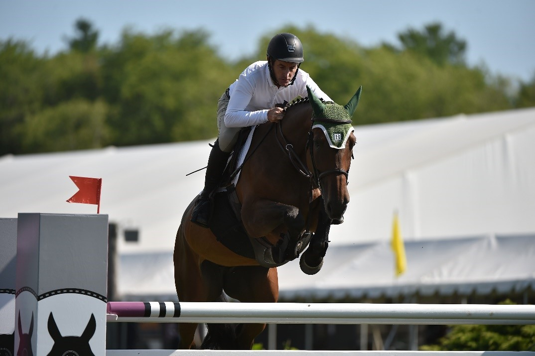 Kevin Babington and Cariatide Soar to the Win in the $4,000 Open Jumper 1.4m
