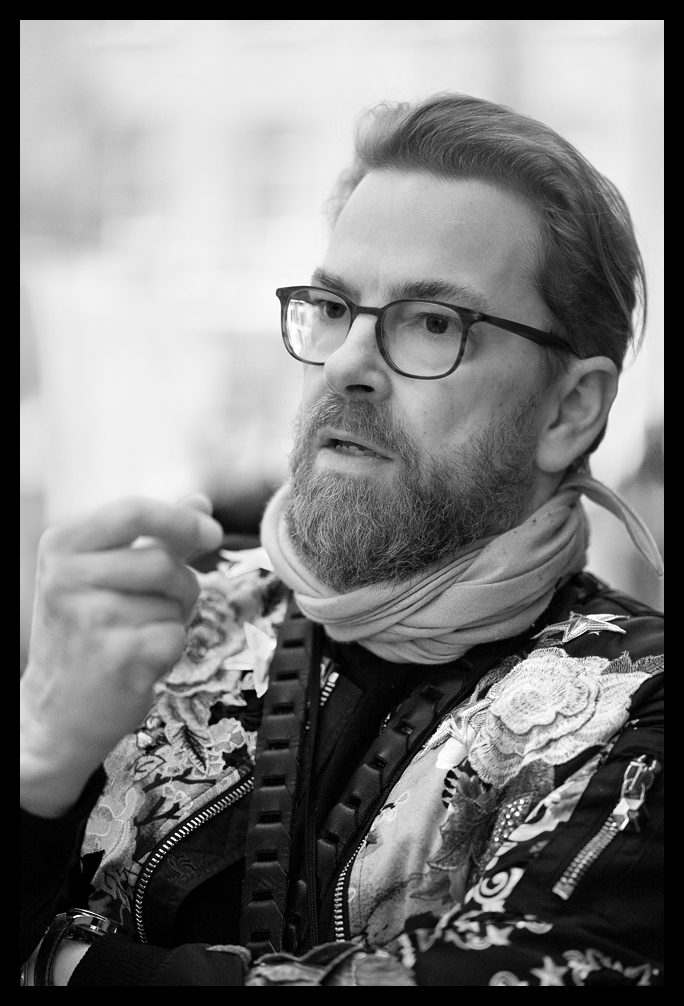 Thorsten Overgaard Discussing the Best Lighting for Portraits - Leica SL