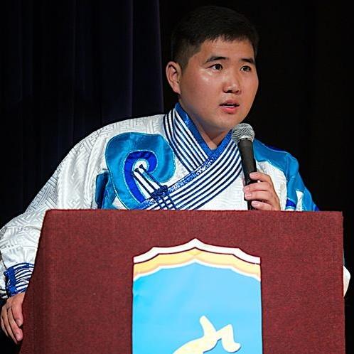 Д. Жанцанхорол   АНУ-ын Беркли хот дахь Калифорнийн их сургууль төгссөн. Гадаад харилцаа, улс төр судлалын мэргэжилтэй. Калифорни мужийн Ричмонд хотын захиргааны Хүний эрхийн комисст зохицуулагч, Ботсван улсын Габорон хотын Марү-а-Пүла Олон улсын дунд сургуульд багшаар ажилласан. Америк дахь монгол залуусын нэгдлийн үүсгэн байгуулагч. Mongolian Next Generation Summit байгууллагын УЗГ. 2012 оноос БАМХ-ны УЗГ.