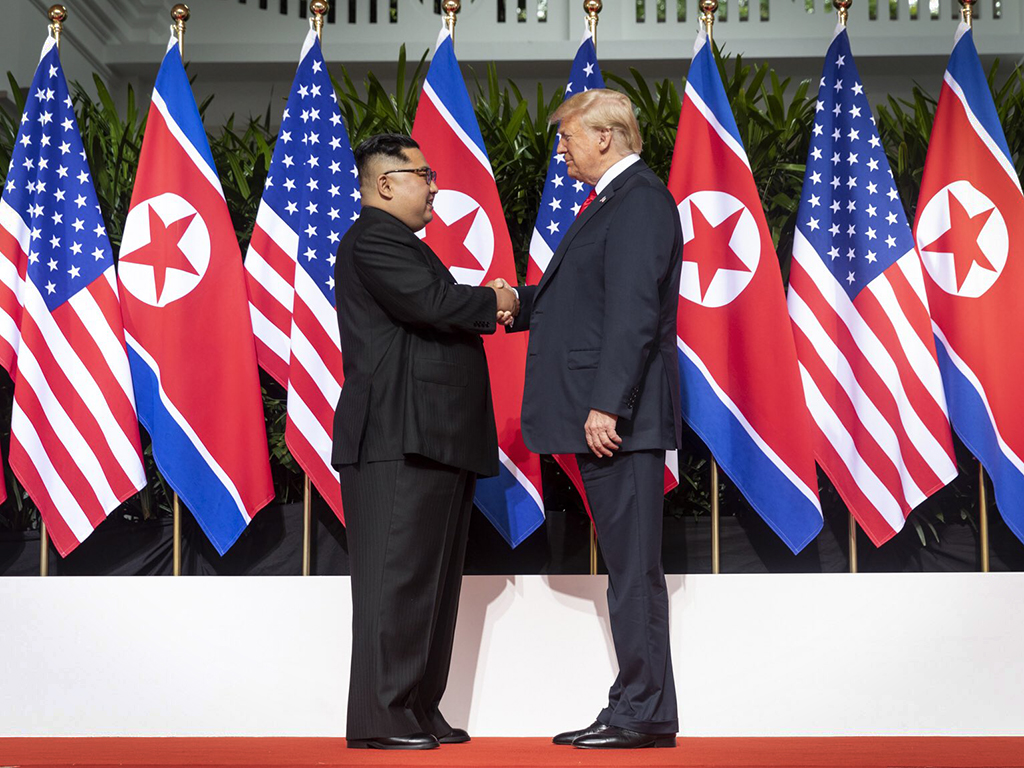 Kim_Trump_shaking_hands.jpg