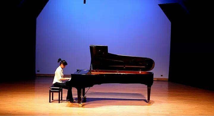 Recital 2011.jpeg