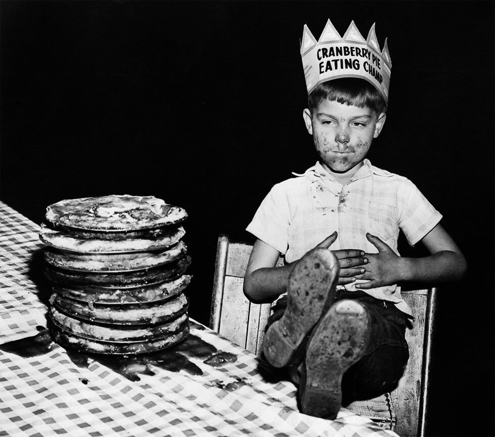 """gotsickofmyoldurl :     iwannapushyourdaisies :      bundyspooks :     The first ever """"champion"""" of a pie eating contest was an unnamed 6-year-old boy. In 1916, he managed to scoff a 10-inch pie in 15 seconds.     legend     why didn't his parents name him"""