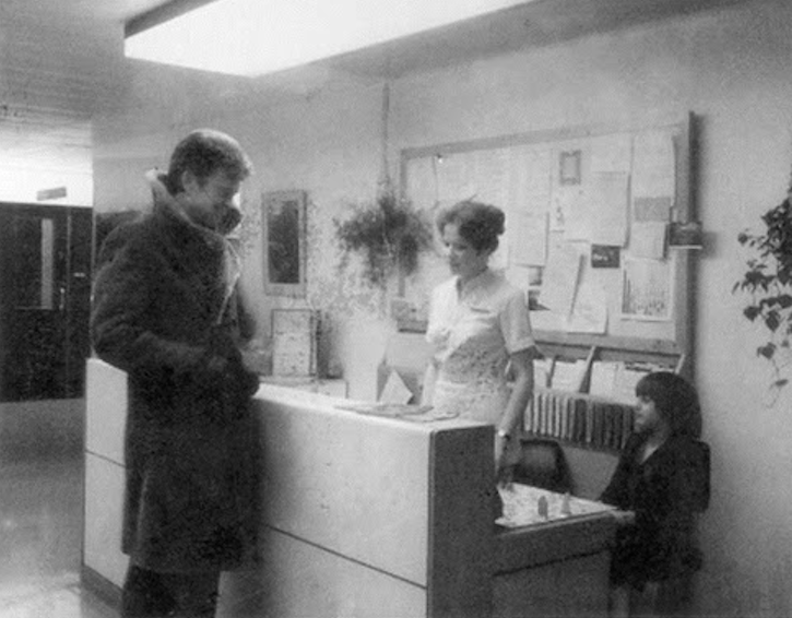 fuckyeahbehindthescenes :     There was an extended ending of the film shot and released where Wendy wakes up in the hospital after the events of the film. The scene was cut shortly after the film was released. ( x )    The Shining (1980)