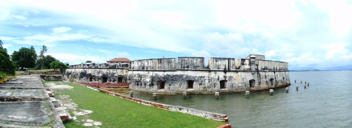Spanish fort battlements, Cartagena - cjG