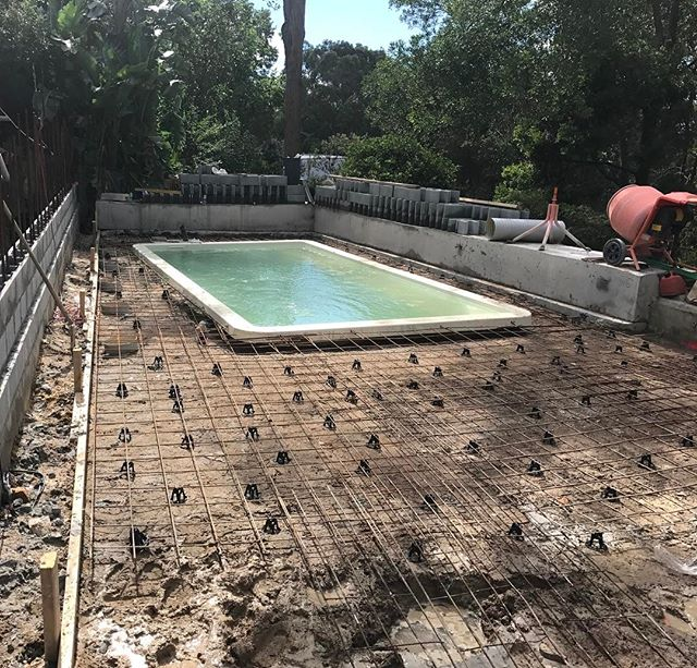 #landscapeconstruction #pool #formwork #sydneylandscaper #stonecraftgardens #gardenconstruction The pool has been re-levelled. Ready for concrete tomorrow so we can get out of this mud!