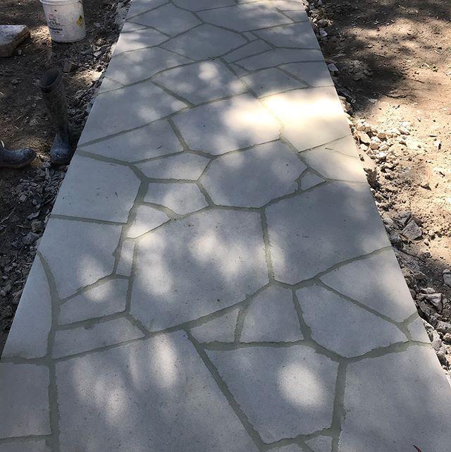 Hand cut from 1200x2000 slabs #whitesandstone #sandstone #sydney#landscapeconstruction  #stonecraftgardens  #australiansandstonemerchants  #artwork