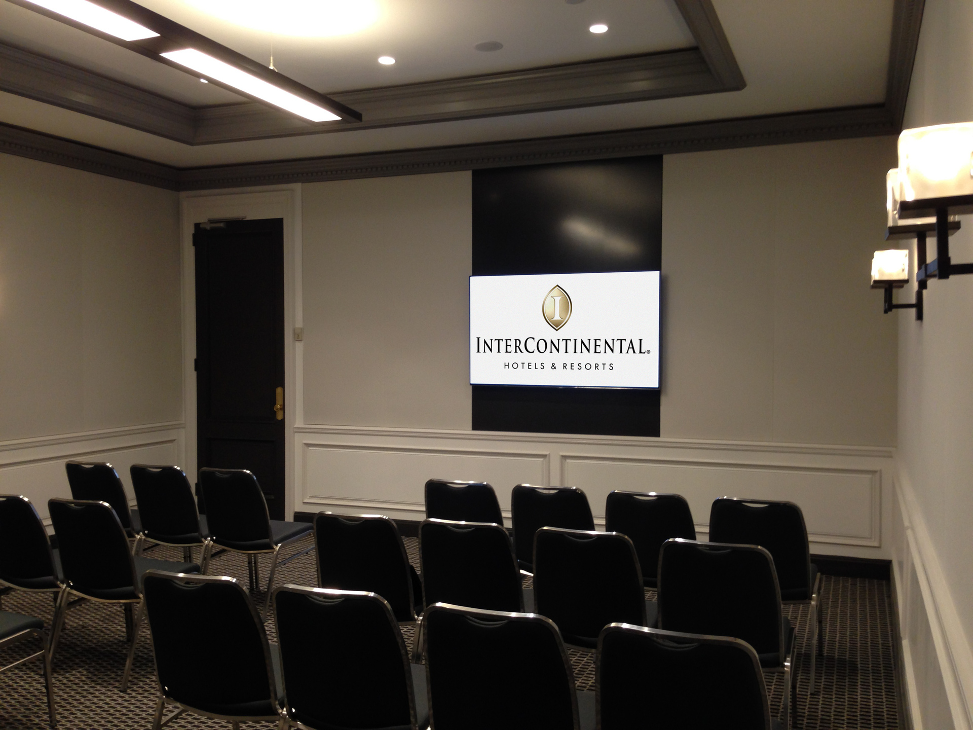 ICH 3 Meeting Room-3264x2448.jpg