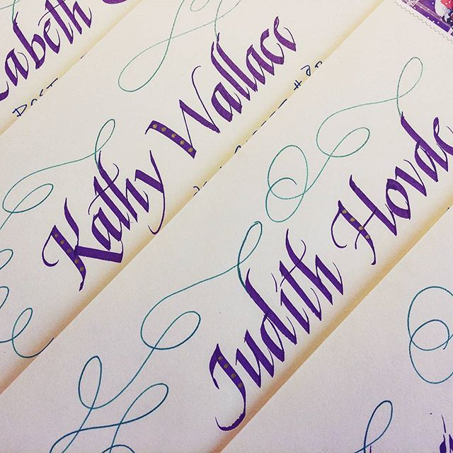 Fun italic for the WCG mail exchange. On it's way ladies!  #italiclettering #washingtoncalligraphyguild #happynewyear
