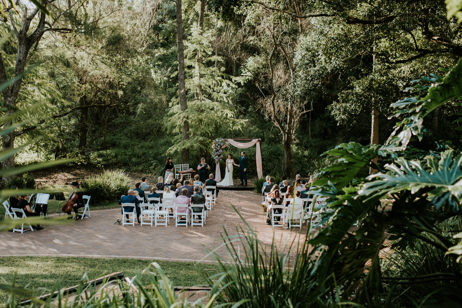 Brisbane Wedding Photographer | Bundaleer Rainforest Gardens-24.jpg
