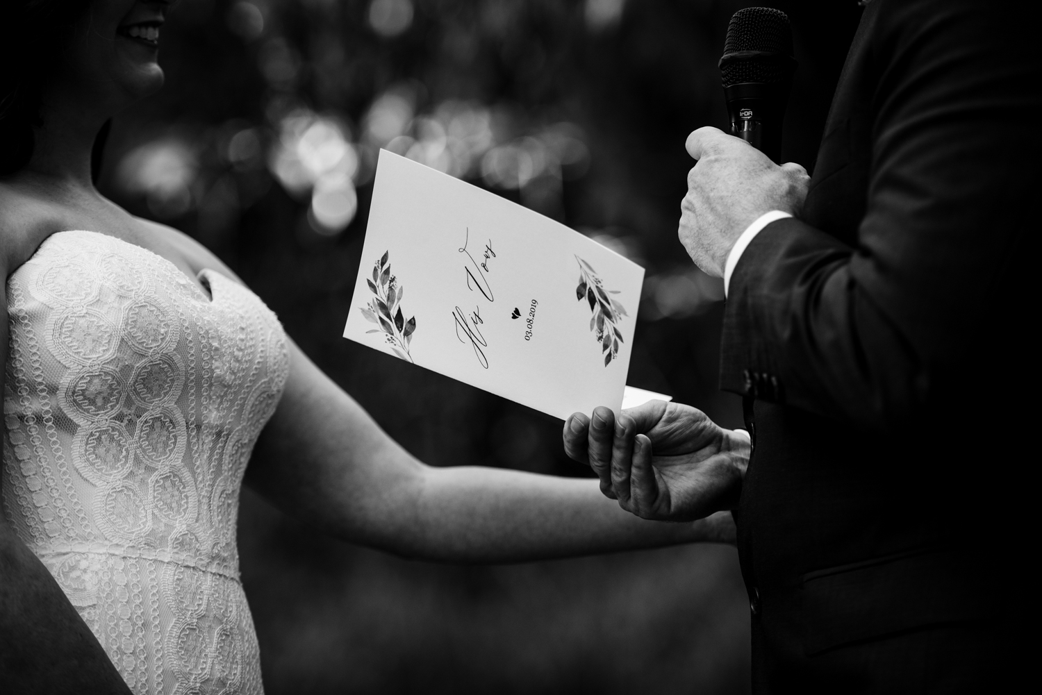 Brisbane Wedding Photographer | Bundaleer Rainforest Gardens-29.jpg