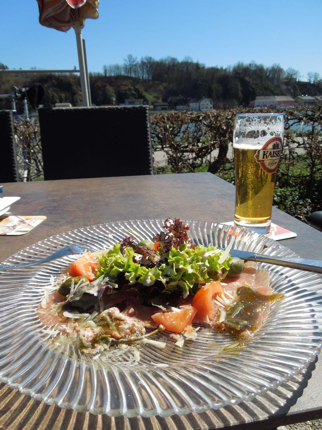 lunch on the danube cycle path