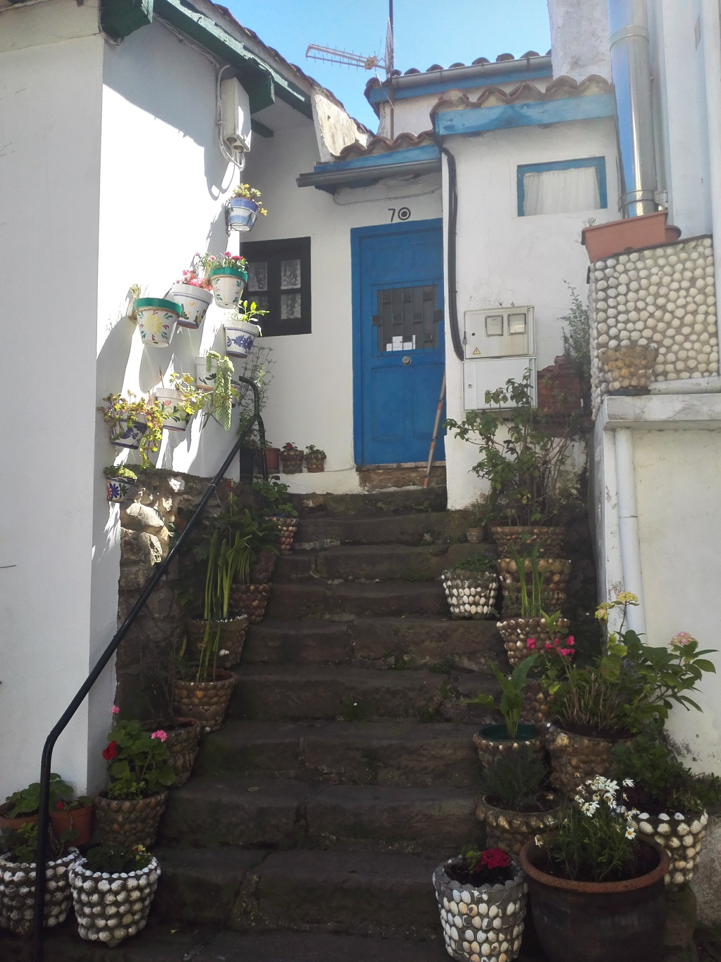 Another cute cottage in Tazones
