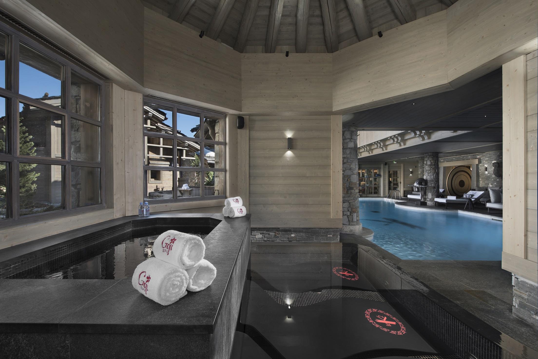 GojiSpa Hot&cold baths.jpg