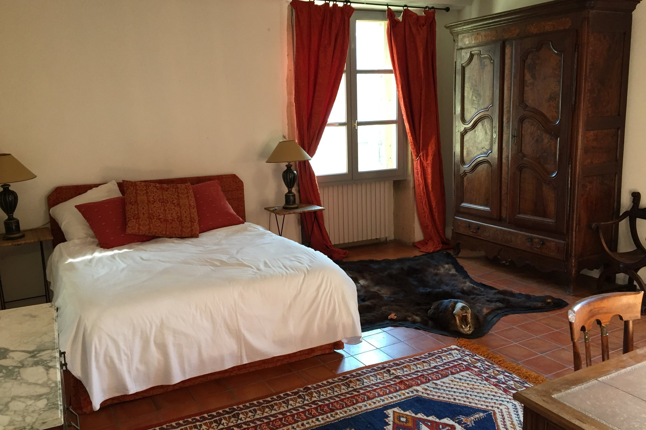 Private Dbl Room - There are 4 private double rooms in the main house. For Single or 2 person usePrice 75€ per night for one person or 80€ for two