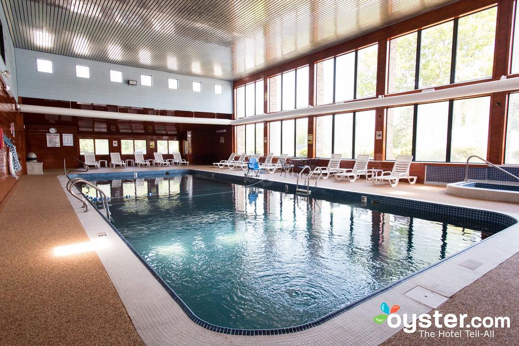 indoor-pool--v13334048-1024 - Copy.jpg