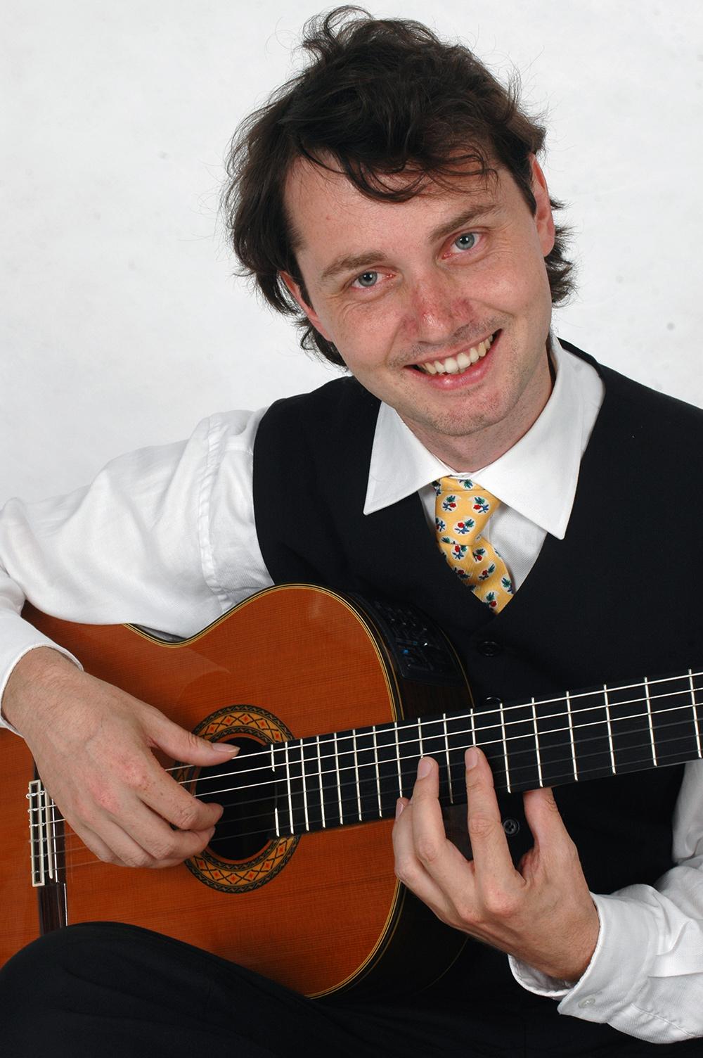 Stéphane Bazire, französischer Vater, deutsche Mutter Gitarren-Lehrer am Musik-Konservatorium Zürich