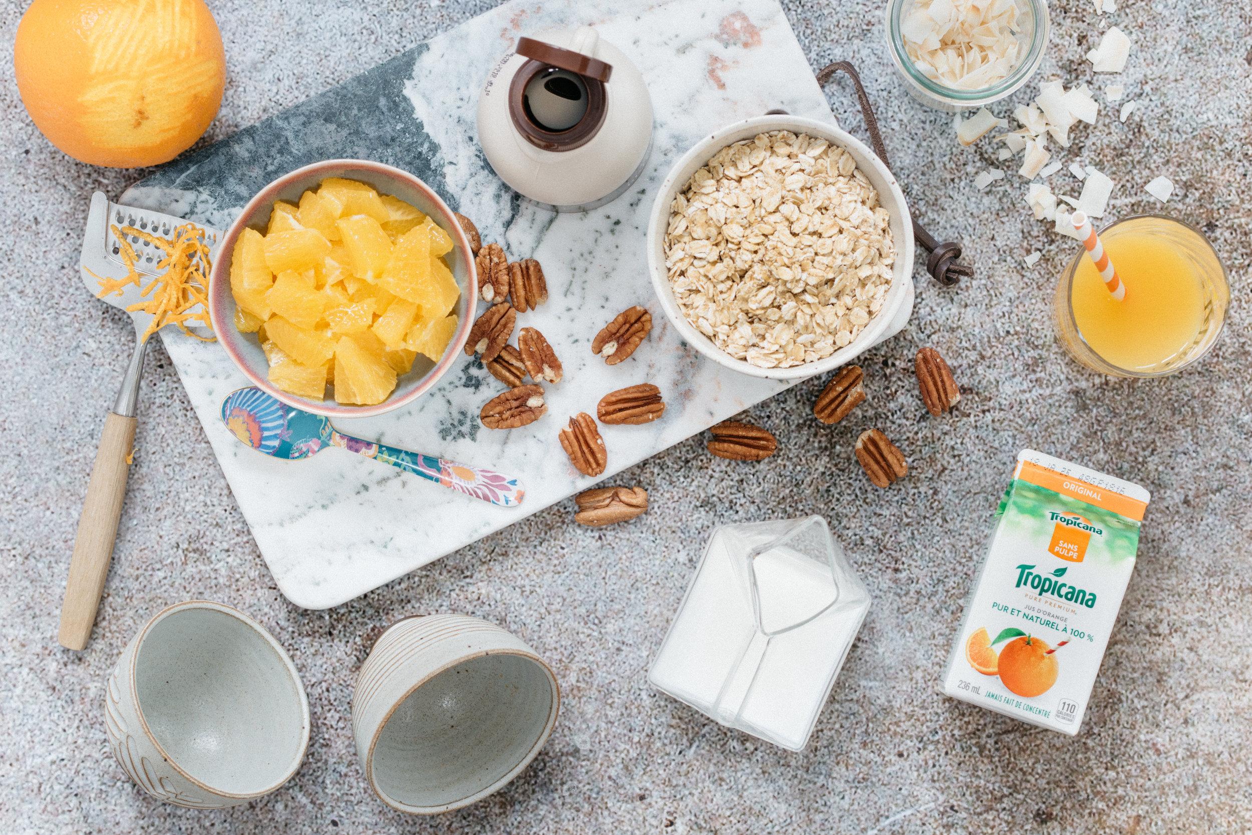 Liste d'ingrédients -  Overnight oats  à l'orange Photographie et stylisme culinaire : Hubert Cormier