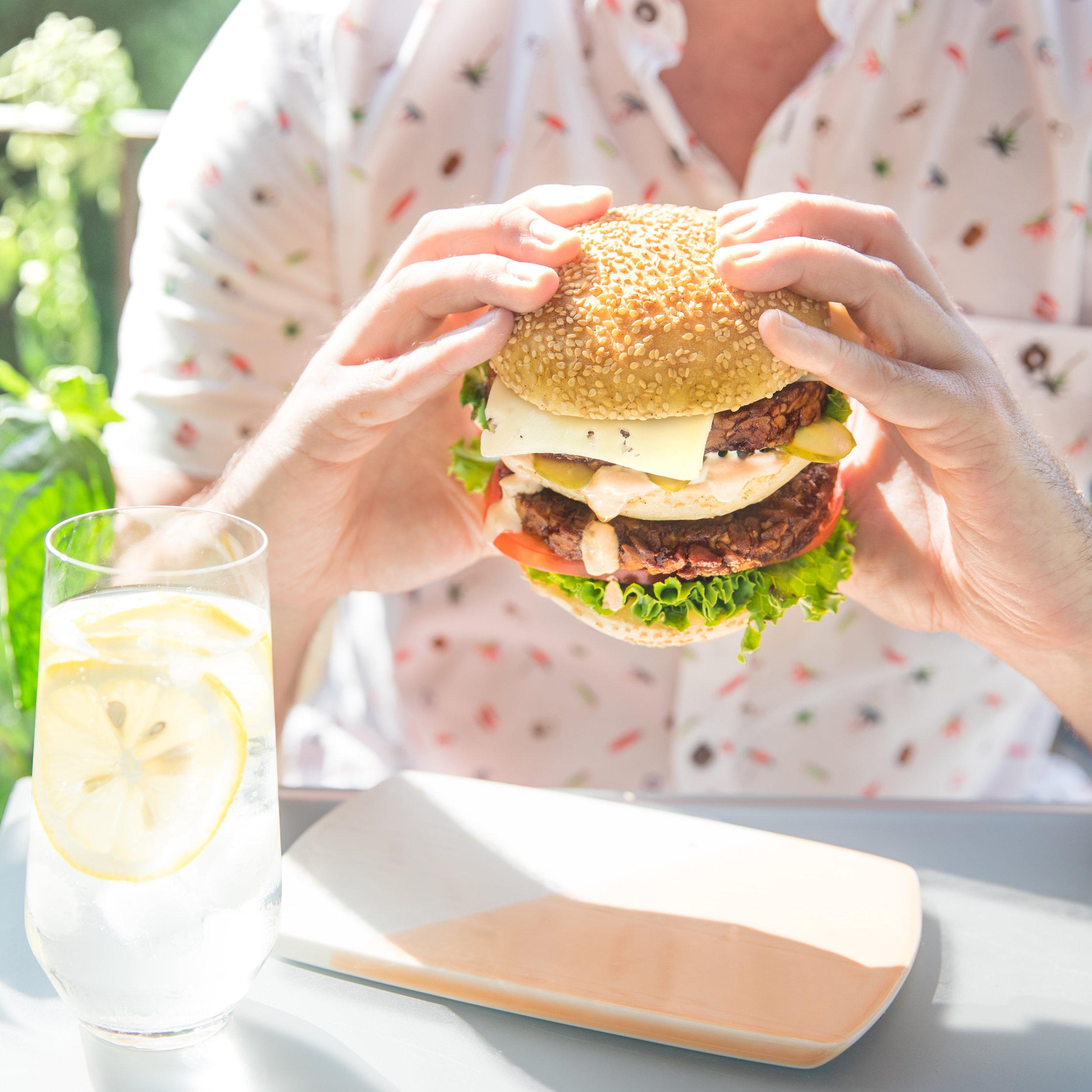 Jarlsberg_Burger-6.jpg