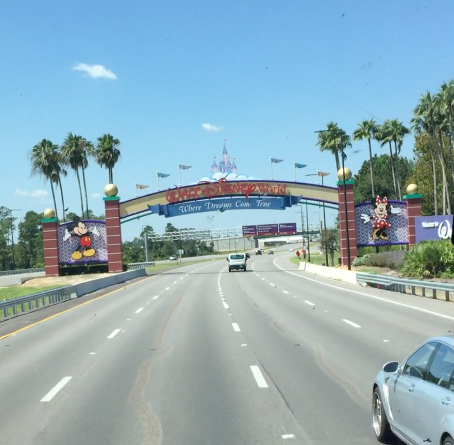 You can't help but get excited as you pass under the Disney sign, welcoming you to the place where dreams come true!