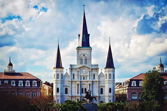Took this a few years ago with a low-end dslr and a kit lens. Lighting, location, and composition are all just as important as a good camera. #NewOrleans #Jacksonsquare #FrenchQuarter #Louisiana #Sunset #architecture #Stlouiscathedral