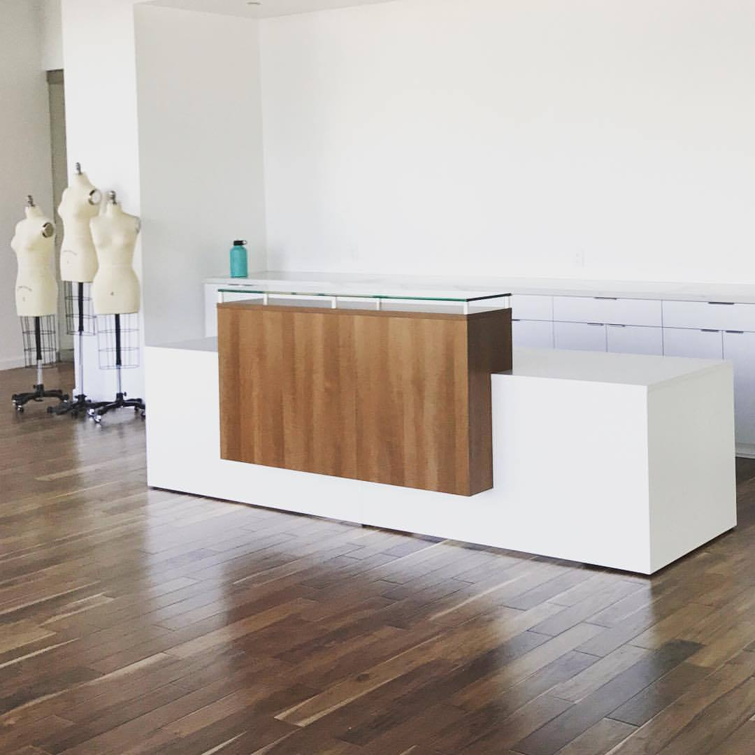 44 Selling Gorgeous Reception Desks  Maverick Desk — Contract