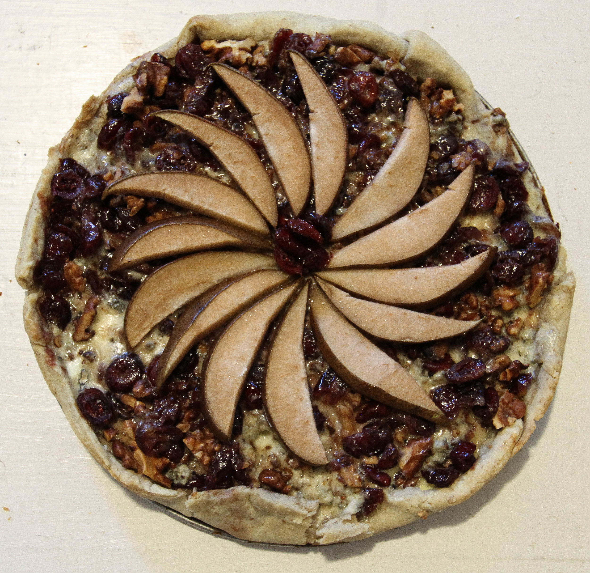 The walnut tart shell wouldn't have been bad if it had held together, though. I might make it again.
